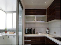 带阳台厨房装修效果图欣赏