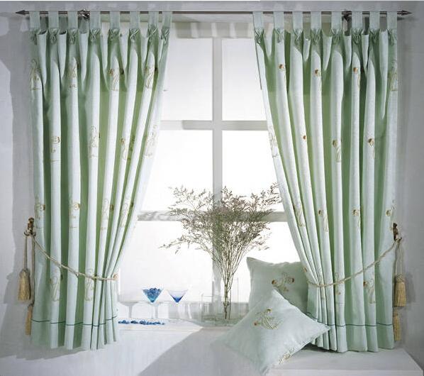 智能电动窗帘安装方法简介
