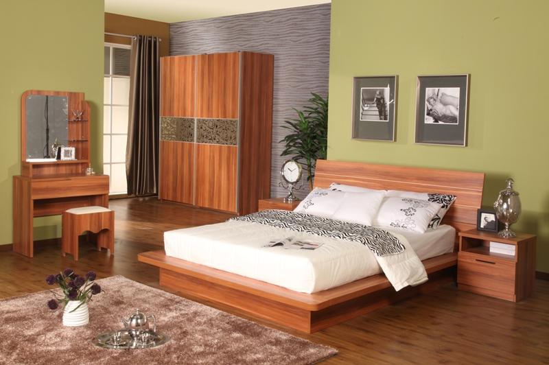 板式床与实木床哪个好