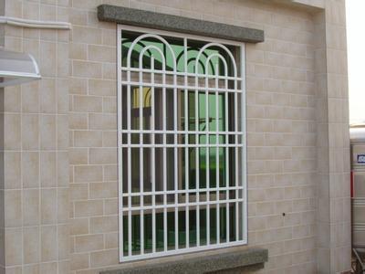 好的防盗窗要怎么分辨