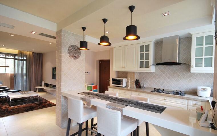 厨房和客厅的隔断怎么做比较好