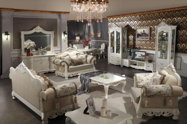 家具品牌排行榜上欧式款的沙发有很多,如果你在家庭装修设计的时候