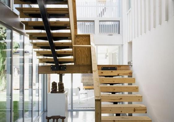 2015全新实木楼梯装修效果图大全
