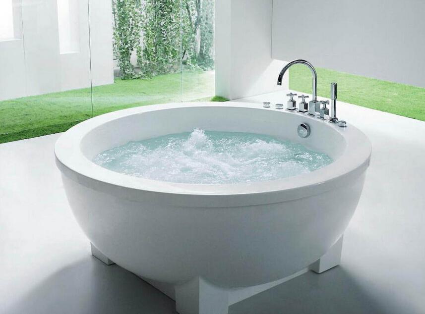 圆形浴缸小尺寸是多少