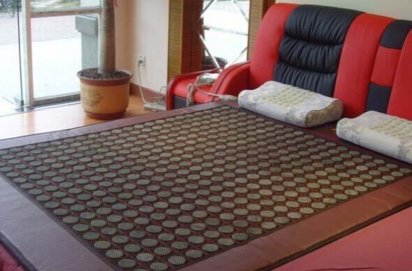 玉石床垫有什么好处 玉石床垫的作用都有哪些