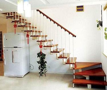 室内木楼梯图片 室内木楼梯大全欣赏