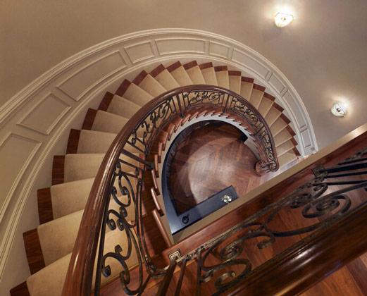 室内旋转楼梯价格是多少
