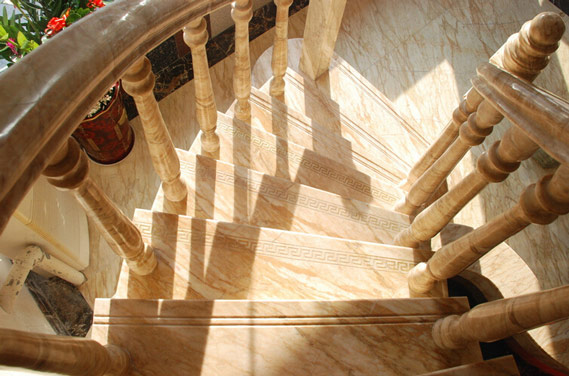 大理石楼梯价格是多少 大理石楼梯怎样保养