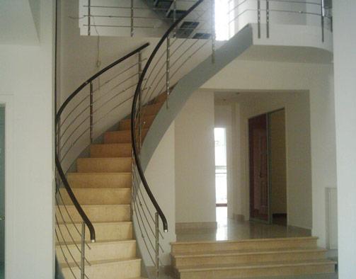 室内钢木楼梯价格 室内钢木楼梯品牌