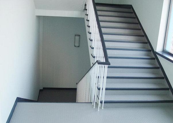 瓷砖楼梯踏步板怎么样 瓷砖楼梯踏步板好吗
