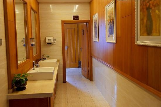 卫生间除臭技巧