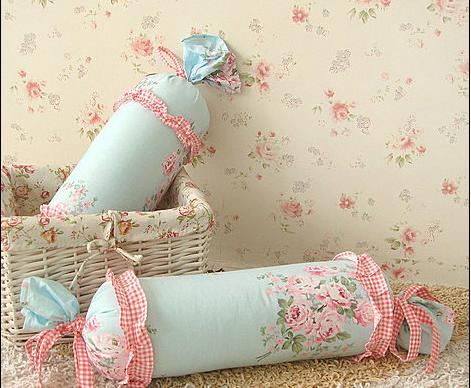 几款甜美床上装饰品