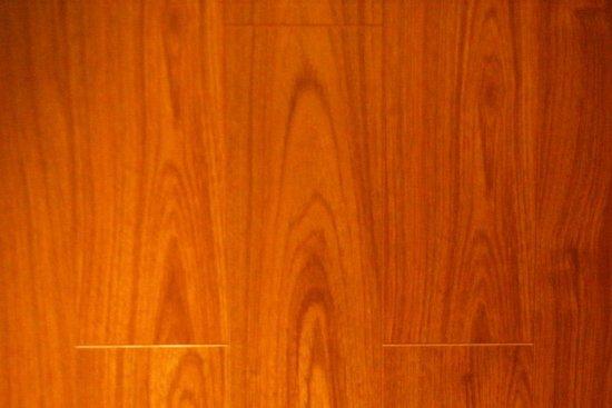 柚木地板怎么样