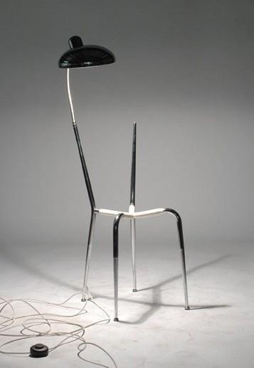 如何变废为宝,让废弃椅子重新组合体现创意设计?