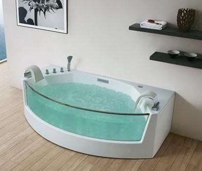 不同材质的浴缸保养技巧