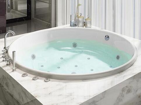 冲浪浴缸好吗