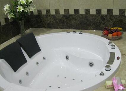 什么是冲浪浴缸