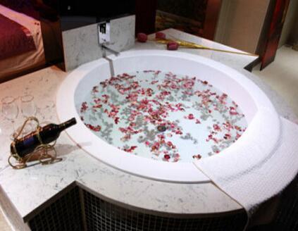 圆形浴缸尺寸规格是多少