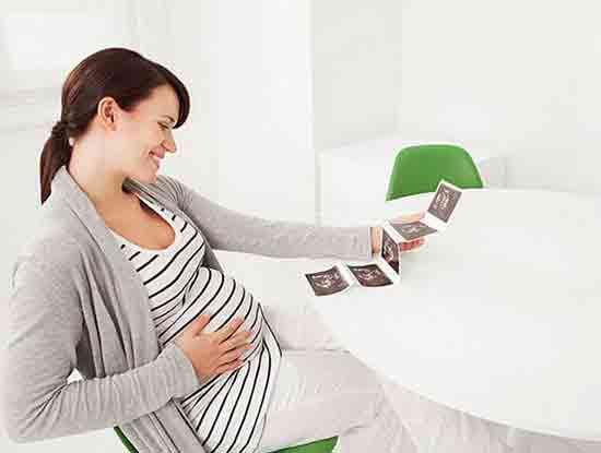 怀孕初期吃什么对胎儿好