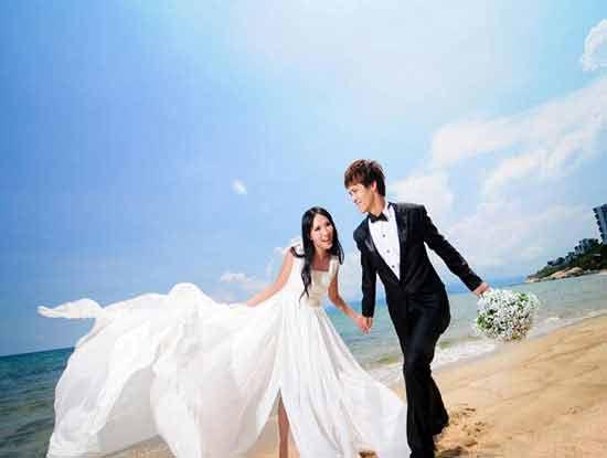 婚纱摄影价格表