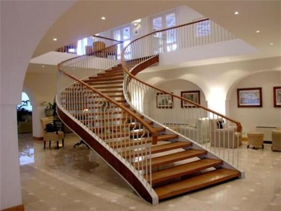 楼梯栏杆该怎么计算长度