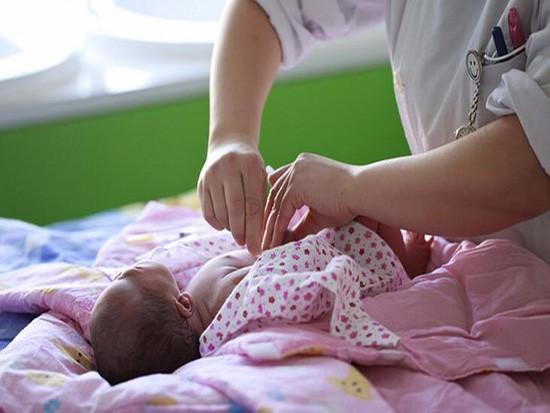 婴儿肚脐的护理有哪些