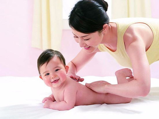 婴儿湿疹用什么护理