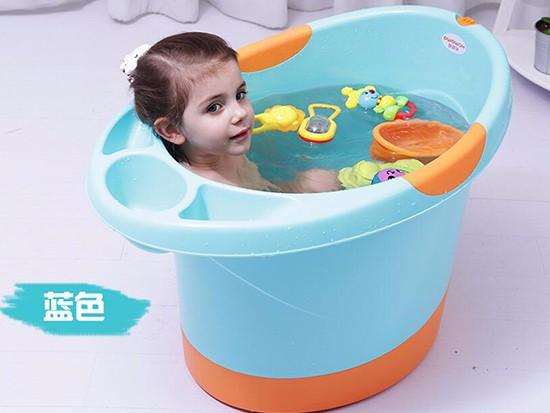 洗澡盆图片