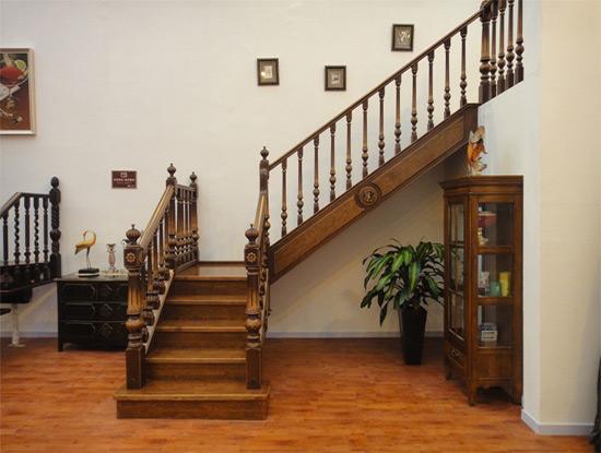 实木楼梯如何安装