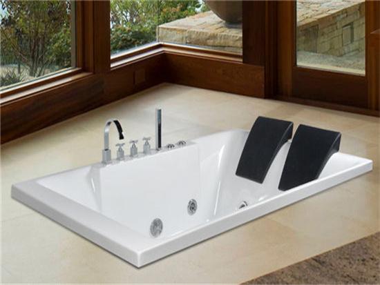 亞克力浴缸和鑄鐵浴缸哪個好