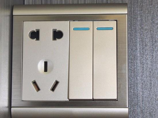 卧室一般几个插座够用