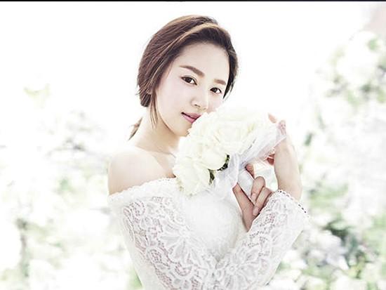 韩式婚纱照新娘发型图片