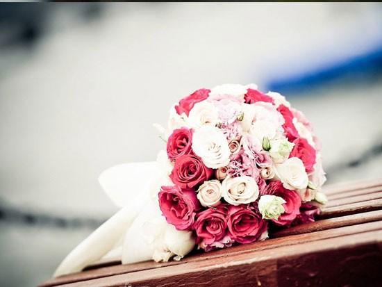 结婚新娘手捧花多少朵