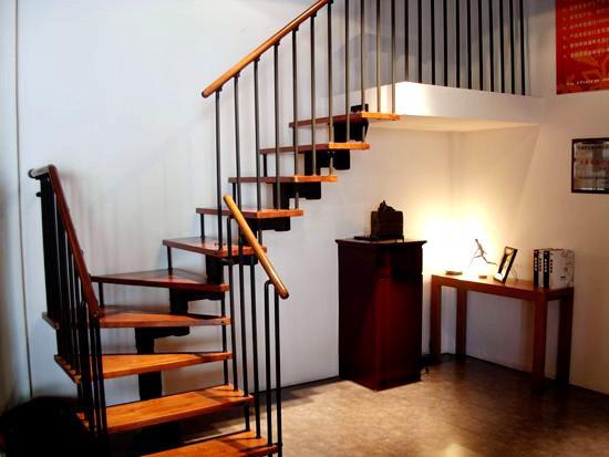 全钢楼梯价格是多少