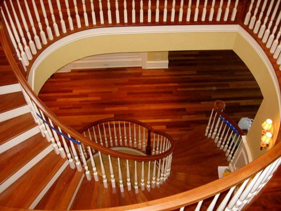 旋转楼梯宽度