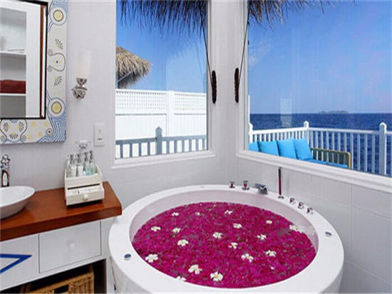 冲浪浴缸优缺点