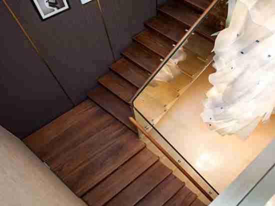 北欧简约实木楼梯