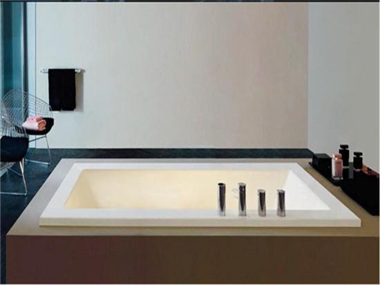 东鹏浴缸价格一般多少钱