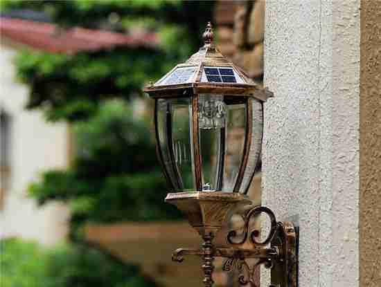 别墅玻璃楼梯壁灯
