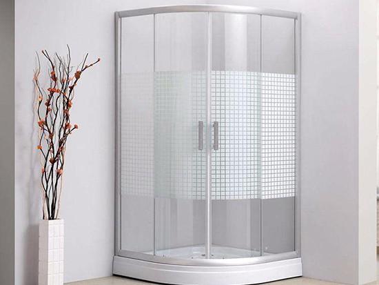 整体淋浴房如何通风