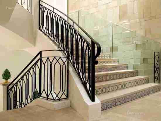 家装铁艺楼梯安装注意事项