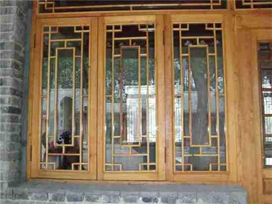 实木窗户多少钱一平方