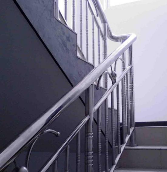 家用楼梯的宽度是多少