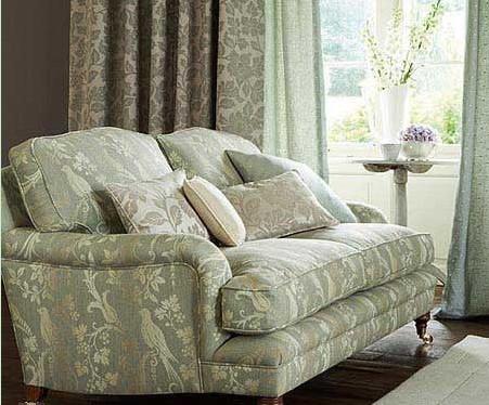 客厅窗帘和沙发的搭配