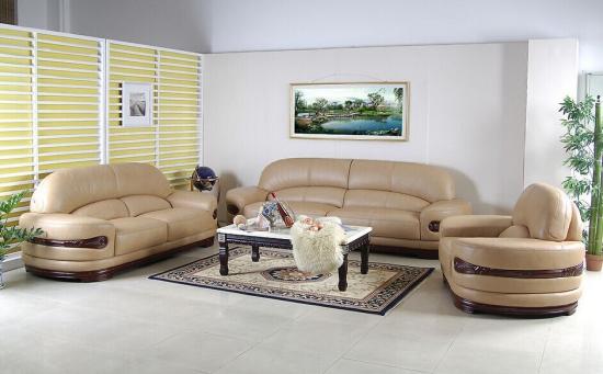 客厅 多纳/首先我们大家可以看到客厅沙发摆放风水第一个就是将我们的沙发...