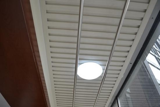 阳台吊顶与晾衣架的安装有哪些注意事项