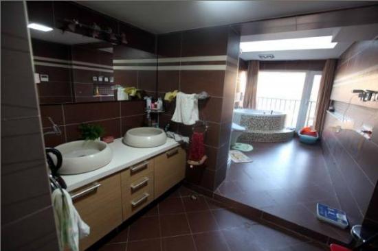 整体厨房卫生间如何装修比较好呢