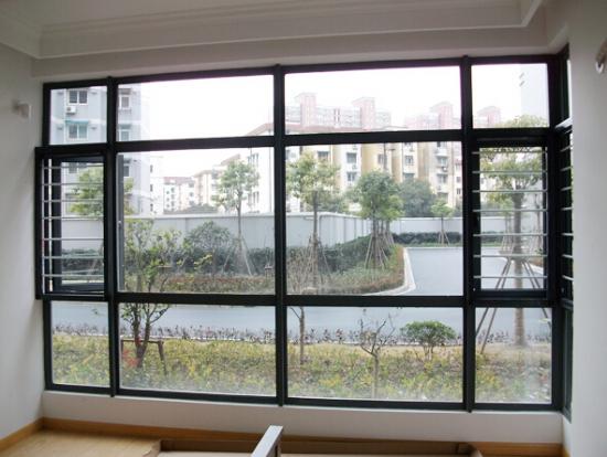 隐形纱窗怎么清洁很方便呢
