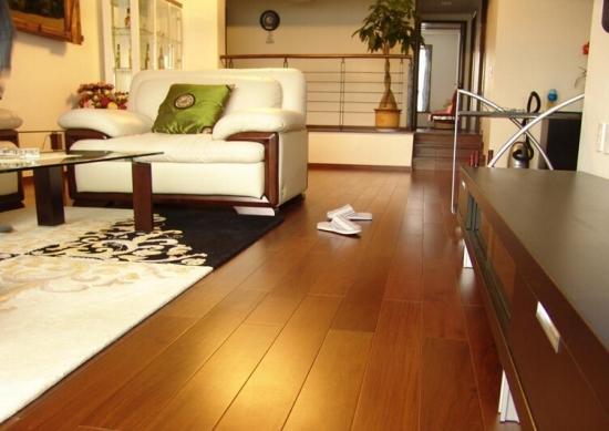 实木地板如何清理才更好