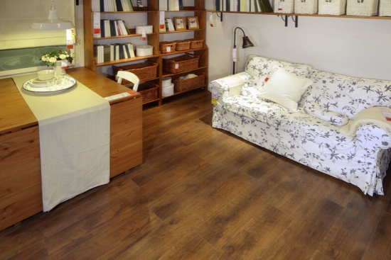 实木复合地板保养技巧【分享】